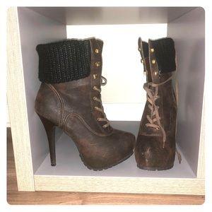 Nokia Brown Shoedazzle boots